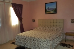 suite en teinte rose bedroom