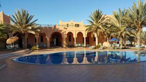 Kasbat Aferdou : Terrasse et piscine